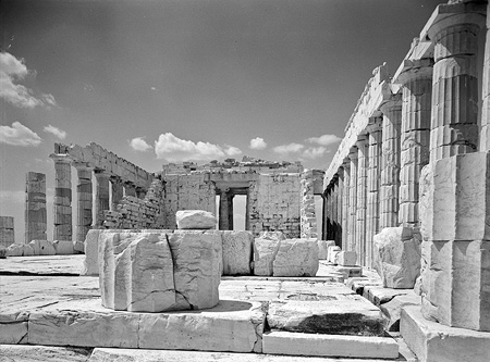 Interior of the nave and the western gate of the Parthenon. Athens, c. 1925-1939 · Nelly's · © Benaki Museum Photographic Archive